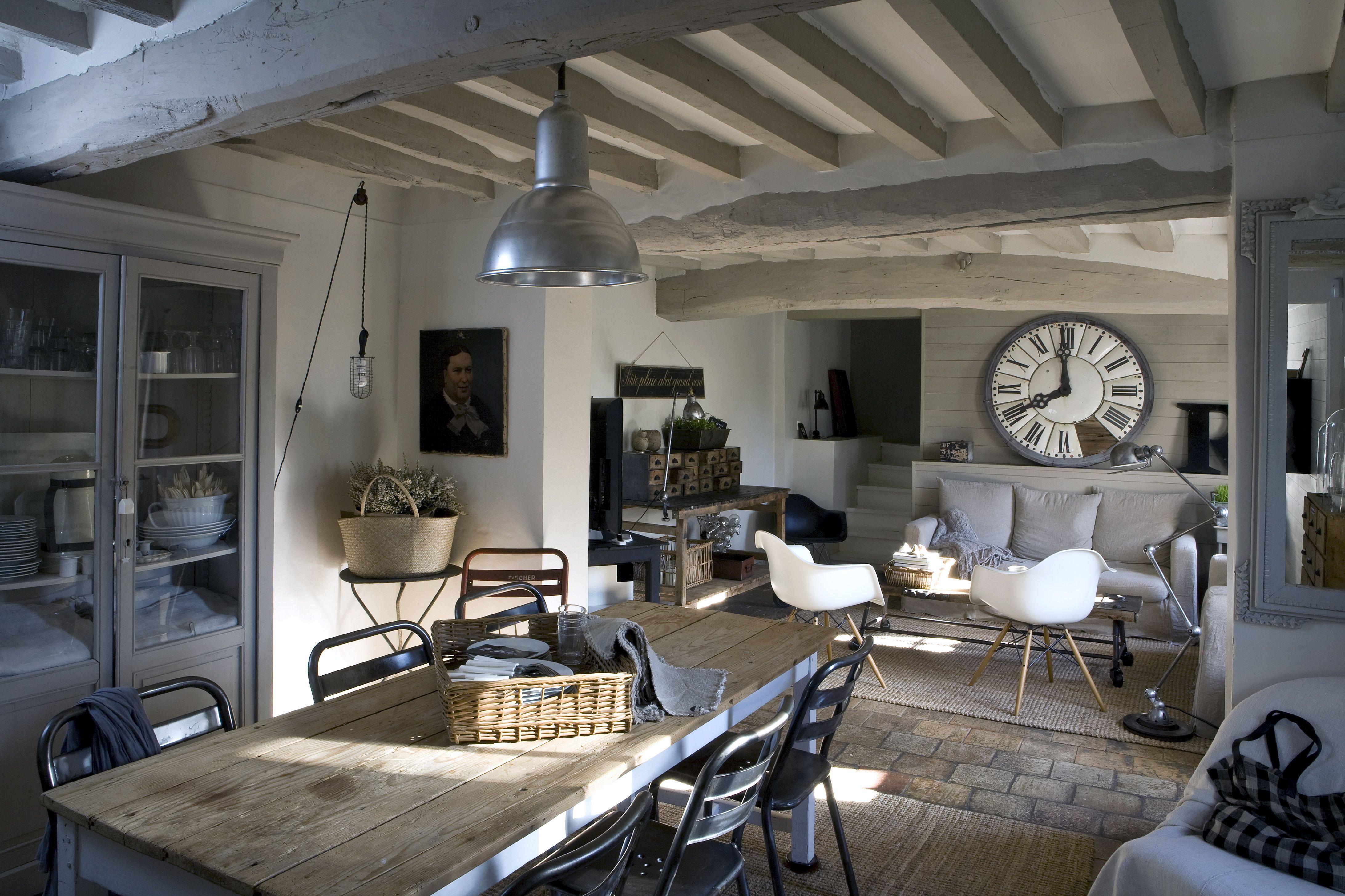 Comment allier la couleur de la maison avec les mobiliers?